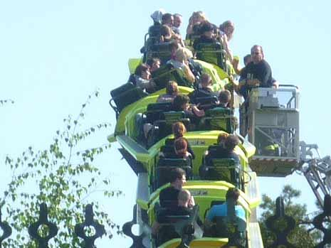 Holiday Park Incidente : l'Expedition GeForce esce dai binari