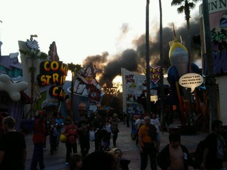 Universal's Islands of Adventure Incendio agli Universal Florida, chiusa un'area del parco