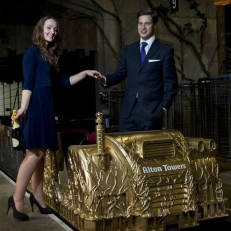 Alton Towers Un treno d'oro per William e Kate