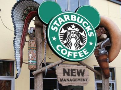 Walt Disney Parks and Resorts In arrivo Starbucks il Frappuccino che piace a Mickey Mouse