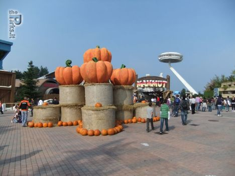 Gardaland Halloween Zombieland Party a 20 euro