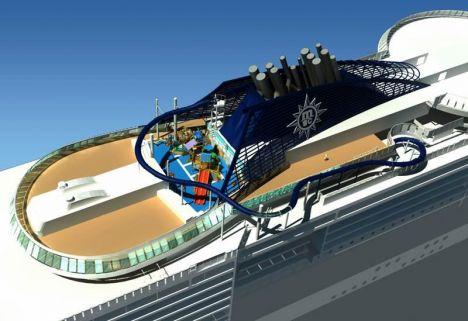 Navi da Crociera - Lo scivolo sospeso sul mare a bordo della MSC Preziosa