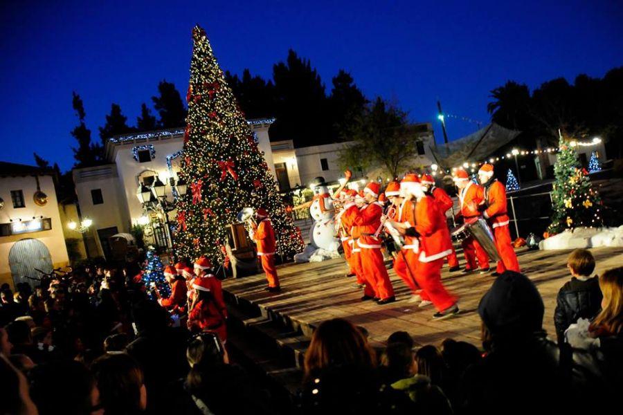 PortAventura Park Il parco a Natale tra spettacoli e attrazioni a tema
