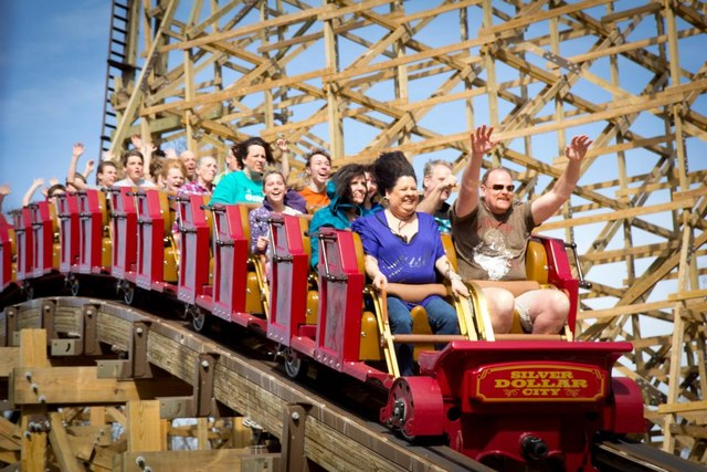 Silver Dollar City Inaugurato Outlaw Run