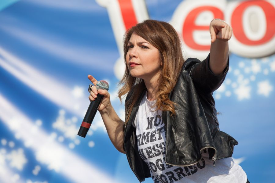 Leolandia Cristina d'Avena festeggia i 45 anni del parco