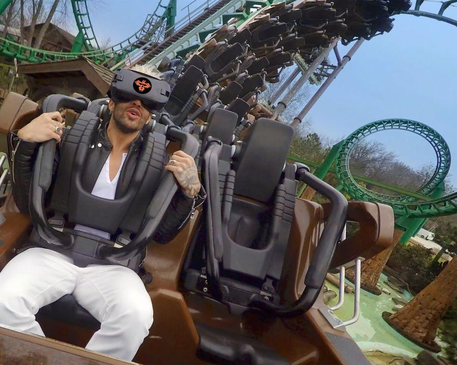 Gardaland [VIDEO] Iannone testa il VR coaster Shaman