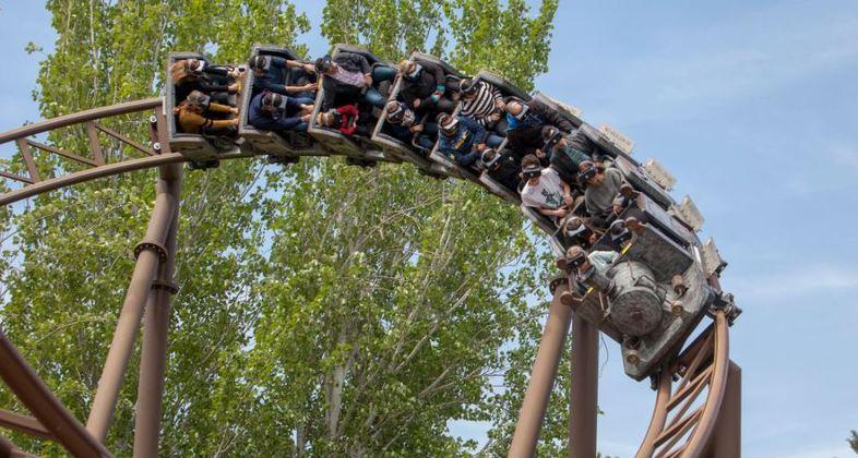 Parque de Atracciones De Madrid Scontro nella stazione del mine train
