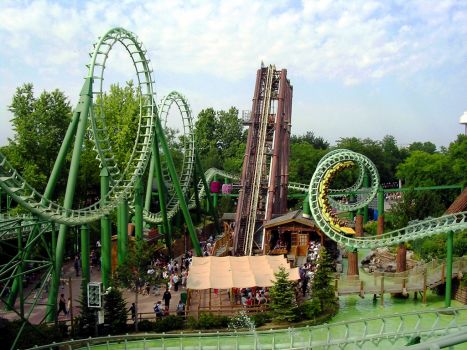 Corkscrew coaster