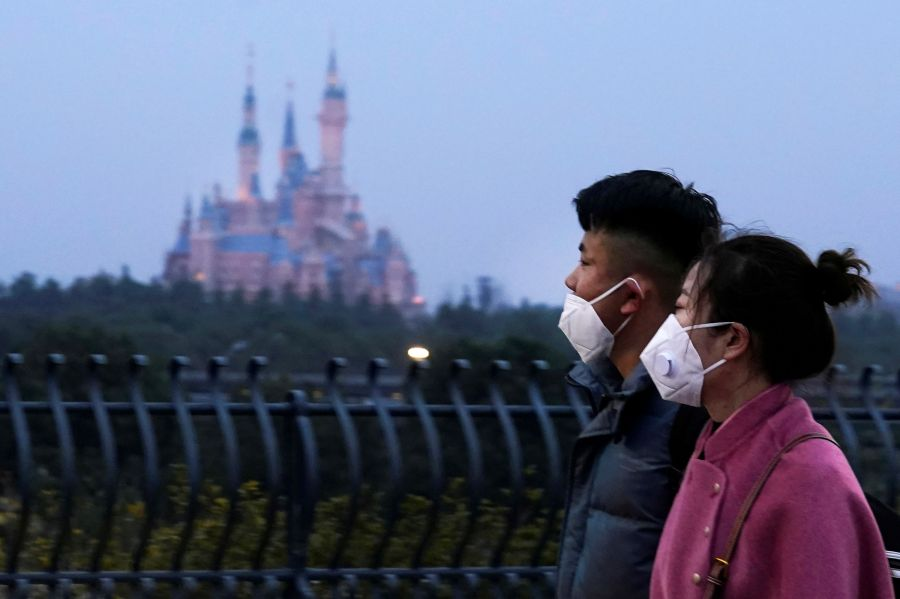 Coronavirus - Per la prima volta nella storia chiudono tutti i parchi Disney