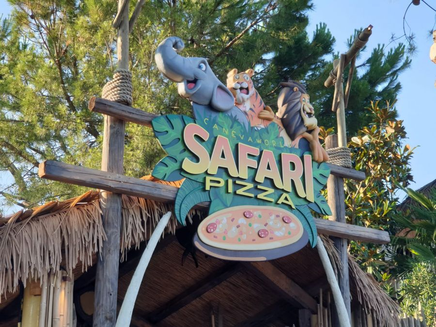 Canevaworld Movieland Park (Resort) [VIDEO] Safari Pizza? L'abbiamo provato!
