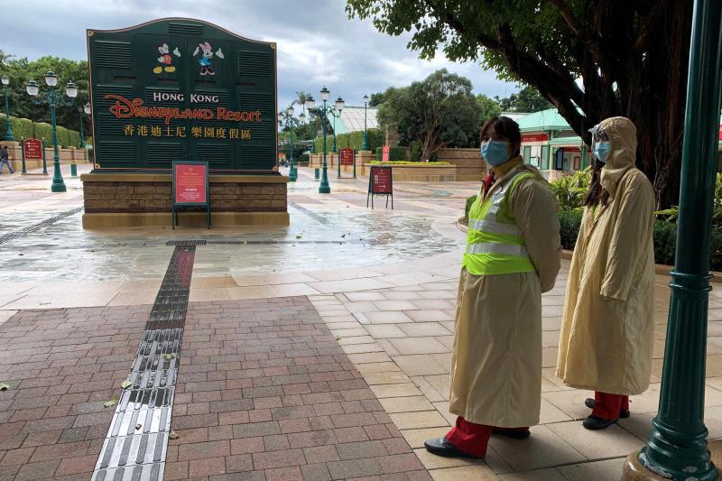 Shanghai Disneyland Park Chiude il parco per rischio contagio coronavirus